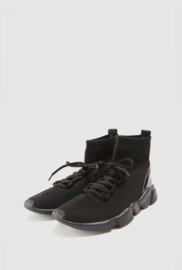 temp trendy socks sneakers