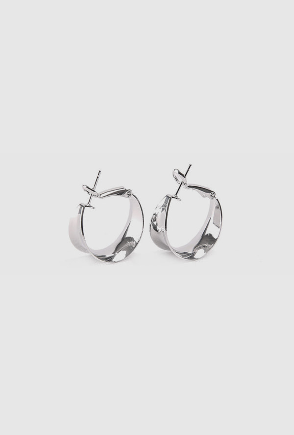 mos curve earring