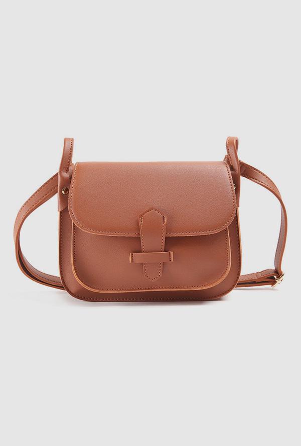 cube square cross bag ( 브라운 입고 예정일 3월 6일)