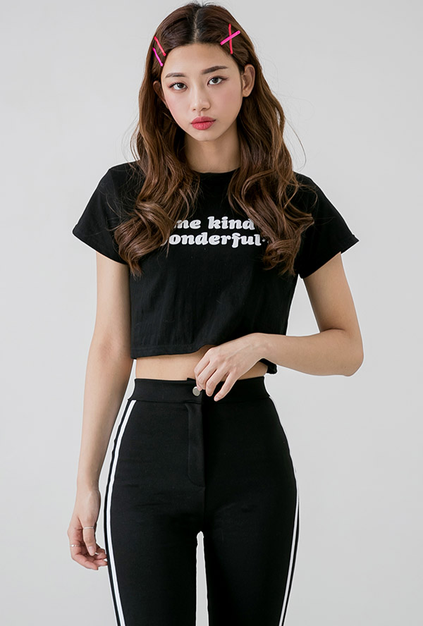 원더풀 크롭 티셔츠
